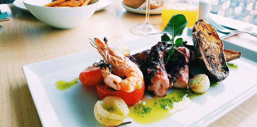 Pedras do Mar Resort & Spa - Restaurant