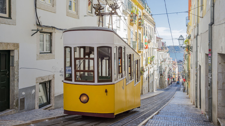 Portugal, Lisbon City - Yellow Trams